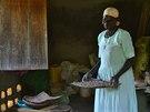 """""""Snažíme se ve vesnicích představit efektivní zemědělské techniky,"""" popisuje..."""