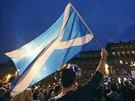 Glasgowští aktivisté v předvečer referenda o skotské nezávislosti. (17. září...