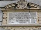 Deska připomínající rodiště Karla staršího ze Žerotína