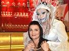 Dagmar Patrasovou v roli Sněhové královny alternuje Mahulena Bočanová.