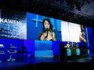 Keynote odstartovala beatboxerka Kawehi, která pomocí smyček a syntetických...