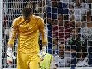 TĚŽKÝ ZÁPAS. Brankář Tomáš Vaclík z Basileje zažil proti Realu Madrid těžkou...