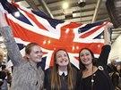 Stoupenci jednotné Británie oslavují výsledek skotského referenda v Edinburku.