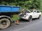 �idi� avie musel zastavit kv�li defektu, ne� sta�il d�t za auto v�stra�n�...