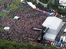 Kabát 13.9. 2014, letecký záběr na koncert na Vypichu.