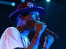 Producent Pharrell Williams odehrál svou tuzemskou premiéru 17.9. 2014 v...