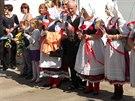 Čeští krajané vítají ministra zahraničí Lubomíra Zaorálka v ukrajinském Žytomyru (17. září 2014).
