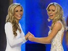 Miss New York Kira Kazantsevov� a Miss Virginia Courtney Paige Garrettov� p�ed...