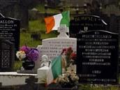 Irská trikolora na hřbitově v Belfastu (18. srpna 2014)