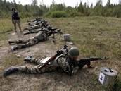Cvi�ení ukrajinských voják� u �ytomyru na západ� zem� (14. zá�í 2014)