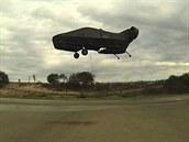 AirMule b�hem krátkého zku�ebního letu v blízkosti zem�