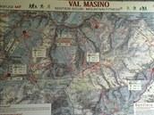 Mapa závodu - po modré se běželo, za pozornost stojí rozdíl mezi časy pro...