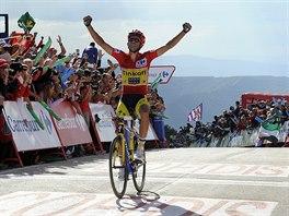 A JE TO. Alberto Contador v cíli dvacáté etapy Vuelty.
