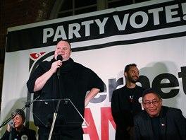 Novoz�landskou stranu zakladatele Megauploadu na setk�n� s voli�i v Aucklandu...
