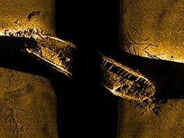 Z�b�r z podvodn�ho sonaru na vrak jedn� z potopen�ch lod� Franklinovy v�pravy,...
