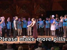 Kulturní vložka v podobě malé opery o pilulkách.