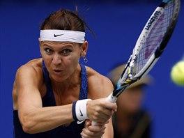 Česká tenistka Lucie Šafářová v duelu se Švýcarkou Belindou Bencicovou.