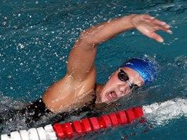 Silvie Rybářová v bazénu. Ve svých záznamech má, že letos naplavala 2 600...