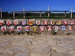 Pramen Labe - Znaky měst, kterými řeka Labe protéká od pramene...