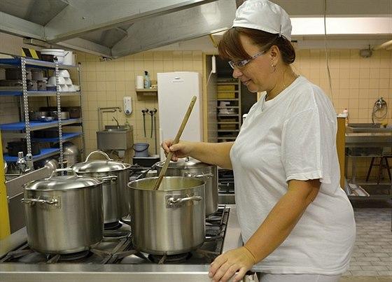 Kuchařky všech porubských školních i předškolních zařízení prošly kurzy, kde se...