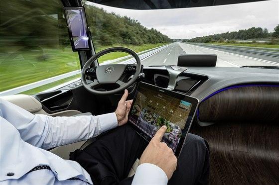 Tahač Mercedes pro rok 2025