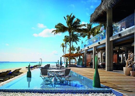 Ostrov Velaa patří k Maledivám, v místním jazyce znamená Želva.