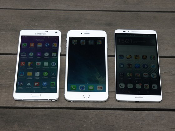 Apple iPhone 6 Plus, Huawei Ascend Mate 7 a Samsung Galaxy Note 4
