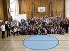 OLYMPIJSKÝ VÍCEBOJ. Projekt pro základní školy nabízí motivaci ke sportu v podobě sportování s olympioniky i možnosti zjistit, pro jaký sport mají děti předpoklady.