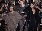 V posledních sezonách h�ály módní nad�ence hlavn� stylové mikiny, letos se do...
