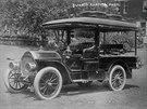 Automobil vlastnil vlivný americký průmyslník Thomas Coleman du Ponte.