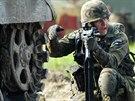 Zteč mechanizované čety během Dnů NATO v Ostravě