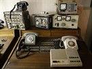 V historickém bunkru nechybí ani historická telefonní ústředna.