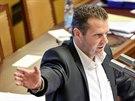 Poslanec KSČM Zdeněk Ondráček při jednání sněmovny (25. září 2014)