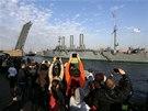 Legendární křižník Aurora opustil své kotviště v Petrohradu (21. září 2014)
