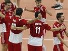 Radost volejbalistů Polska v semifinále mistrovství světa.