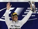 VÍTĚZ. Lewis Hamilton po triumfu ve Velké ceně Singapuru.