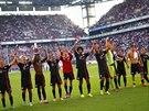 Fotbalisté Bayernu Mnichov se radují z vítězství nad Kolínem nad Rýnem.