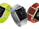 Hodinky Apple budou k m�n� od 349 dolar�, ale luxusn� verze bude st�t mnohon�sobn� v�ce.