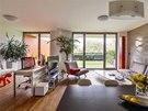 Srdcem bytu je multifunkční a multimediální centrum, které podle potřeby slouží