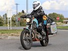 Dominika Gawliczková přijela v sobotu 27. září zpátky do Česka. Na benzínce v...