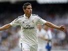 OSLAVNÉ LETADLO. James Rodríguez z Realu Madrid slaví branku v utkání s La...