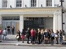 Victoria Beckhamová otevřela v Londýně svůj první butik na světě (Londýn, 25....