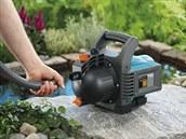 Odmontujte zahradní �erpadla, která nejsou ponorná.