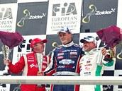 Adam Lacko (uprost�ed) coby vít�z z belgického Zolderu