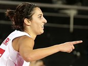 �pan�lská basketbalistka Alba Torrensová slaví ko� proti Brazílii.