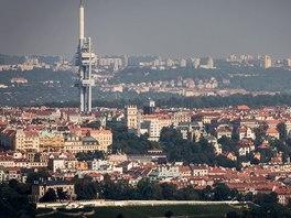 Žižkovský vysílač ze střechy City Tower