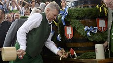 Mnichovský starosta Dieter Reiter zahajuje 181. ro�ník Oktoberfestu v Mnichov�...