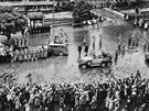 Přivítání Hitlera v Karlových Varech bylo velkolepé.