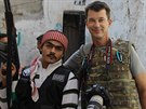 Britsk� fotoreport�r John Cantlie na sn�mku ze S�rie po��zen�m v listopadu 2012