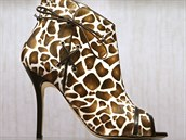 Která z nás by necht�la mít ve svém botníku alespo� jedny boty od sv�toznámého...
